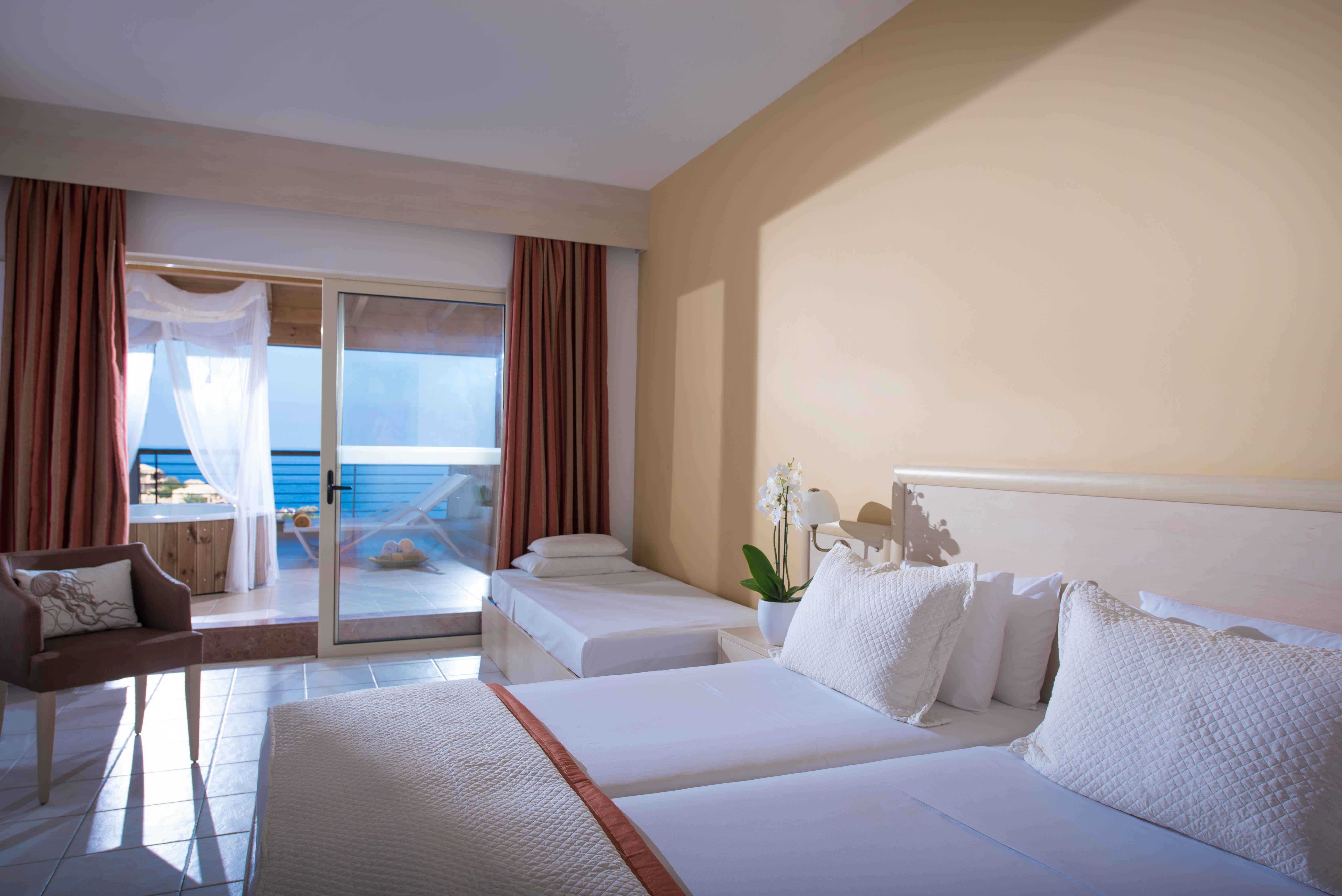 Executive Room Sea View with Outdoor Jacuzzi (main building)