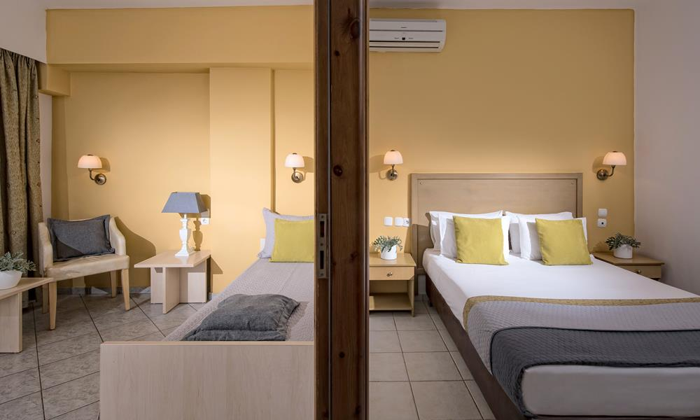 Accommodation heraklion agia pelagia crete blue bay for The family room on main